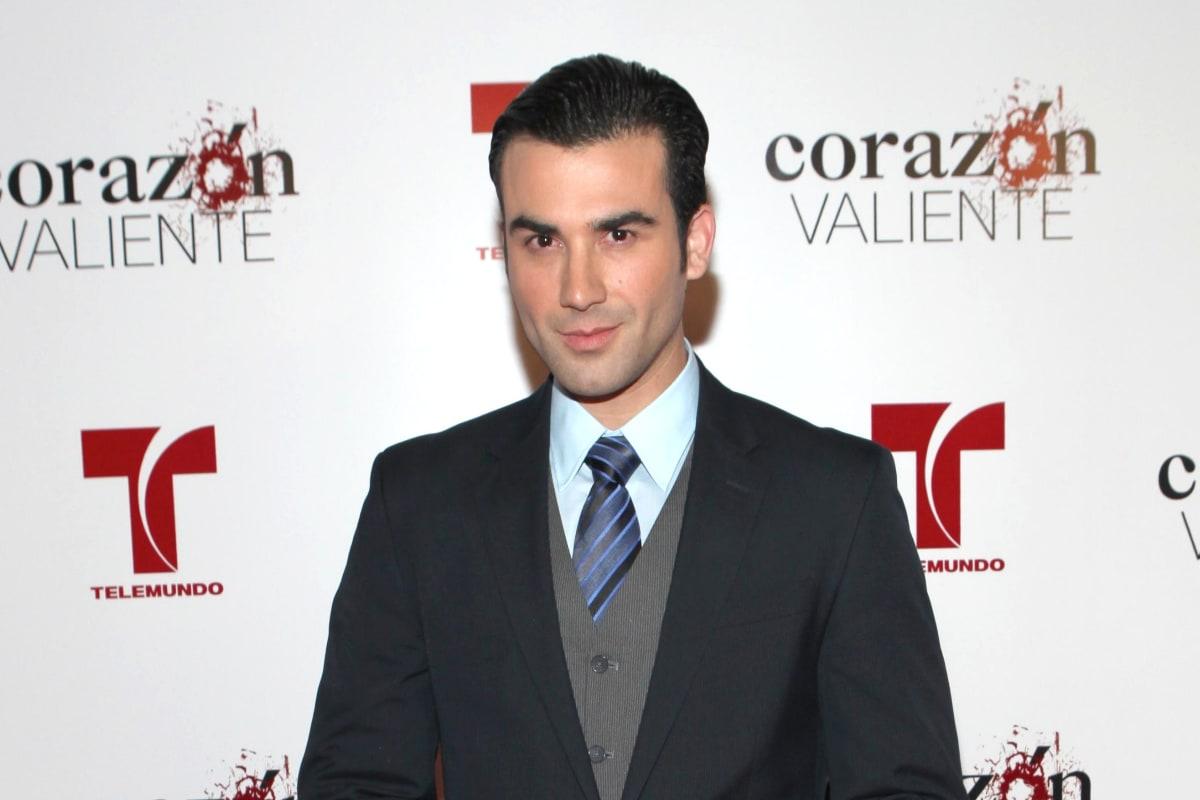 José Luis Reséndez asegura que en Televisa pagan sólo 25 dólares por actuar en La Rosa de Guadalupe