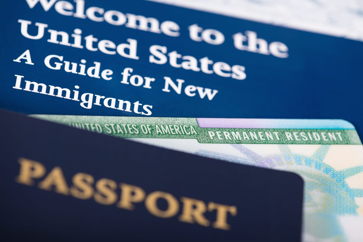 Las 10 claves de los proyectos aprobados por la Cámara para dar ciudadanía a inmigrantes