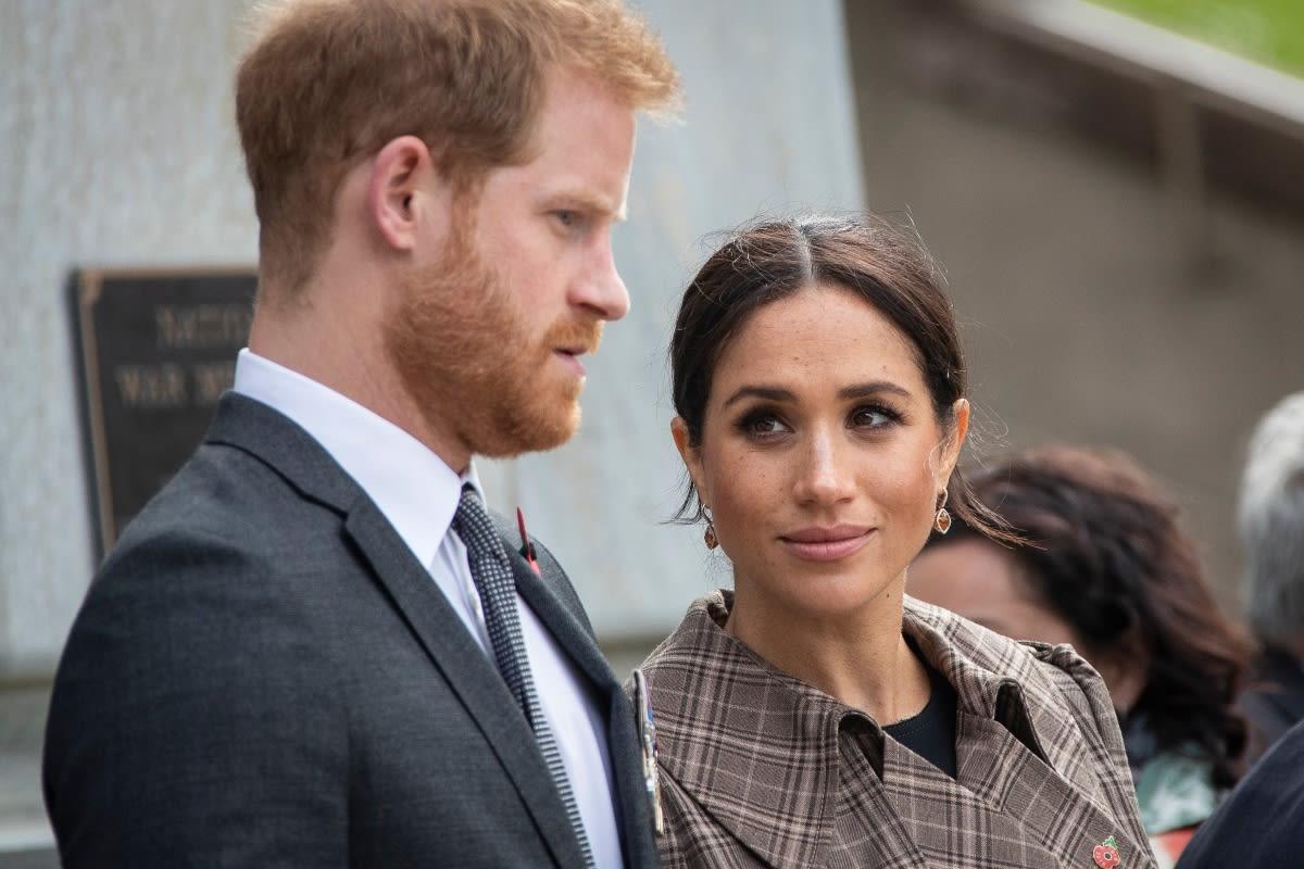 """Harry y Meghan son """"señalados"""" tras la muerte del príncipe Felipe"""