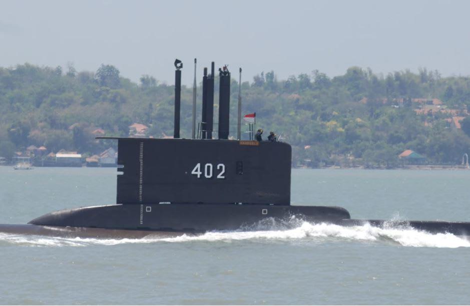 Indonesia informa que encontró submarino que se había hundido y confirma muerte de tripulantes