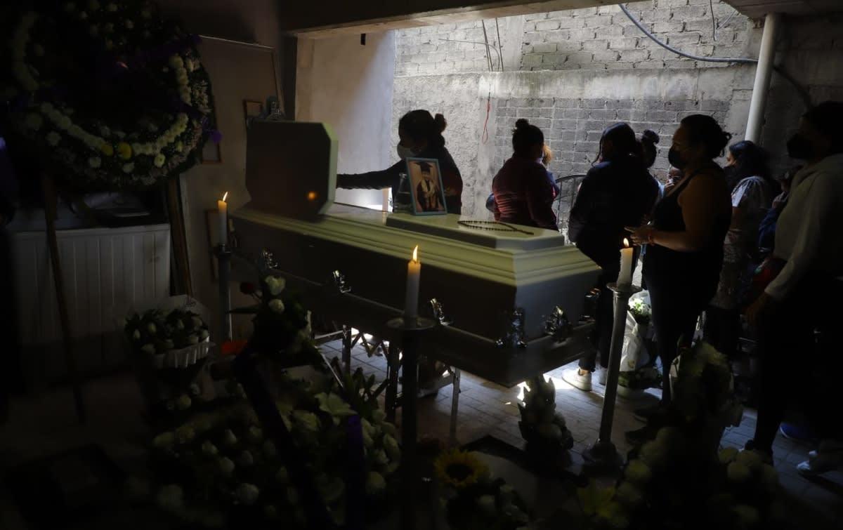 """""""Me lo mataron"""", dice madre de Brandon Giovanny, víctima del metro"""