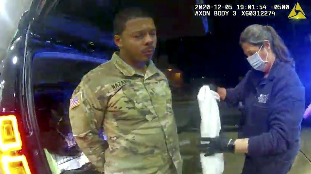 video policía afrolatino