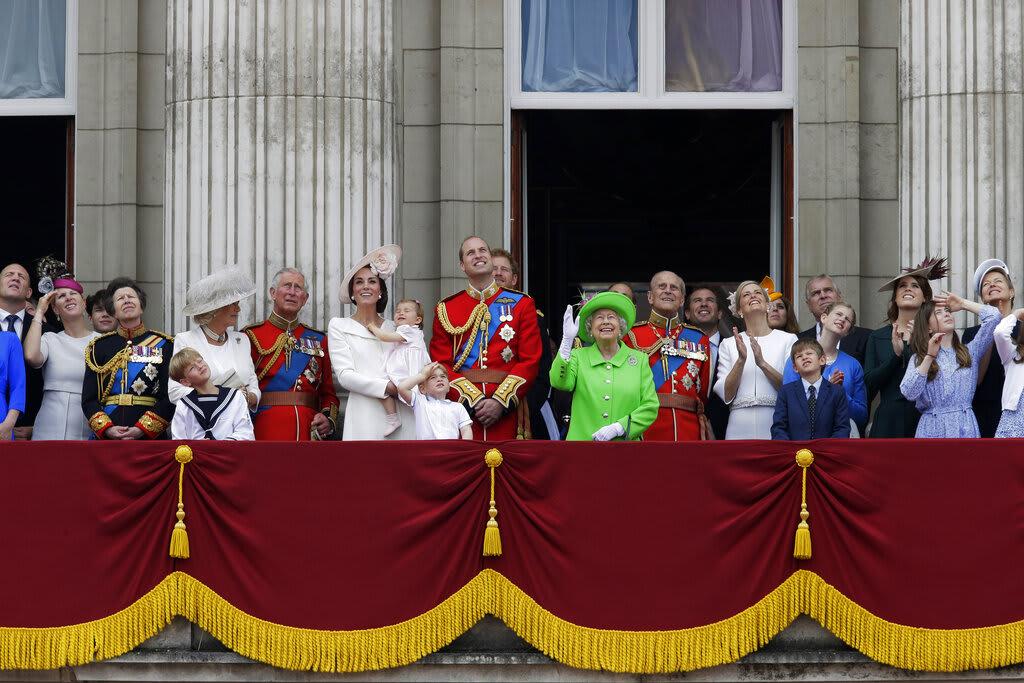 Príncipe Carlos luto, Alice Procope, Felipe, hijastro