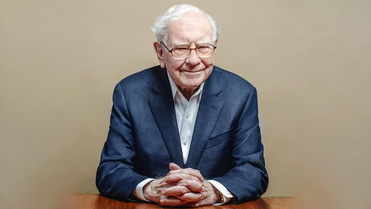 Known-as-the-Oracle-of-Omaha,-Warren-Buffett-is-one-of-the-most-successful-investors-of-all-time-forbes