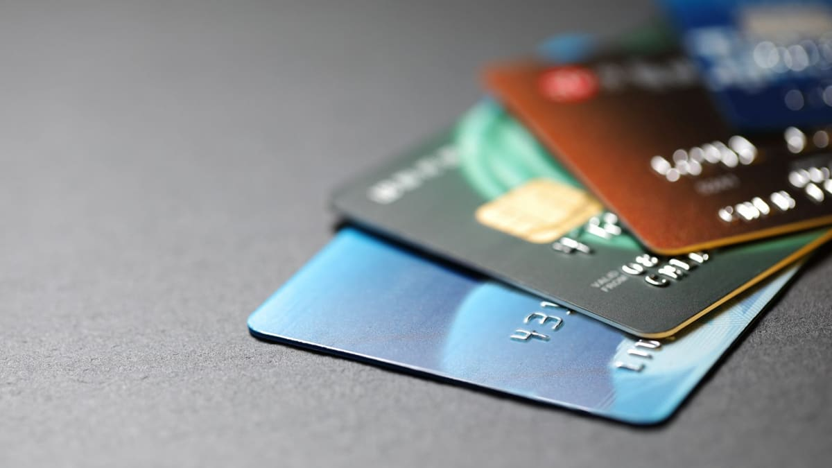 Concepto-de-tarjeta-de-crédito---NerdWallet