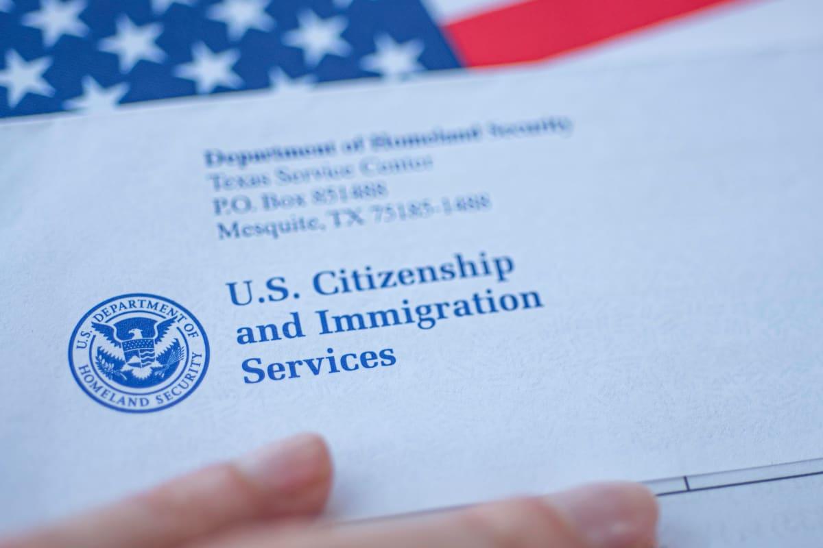 Papeles manera ilegal, Corte Suprema, Green Card