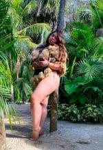 Hija de Jenni Rivera en la playa (IG)
