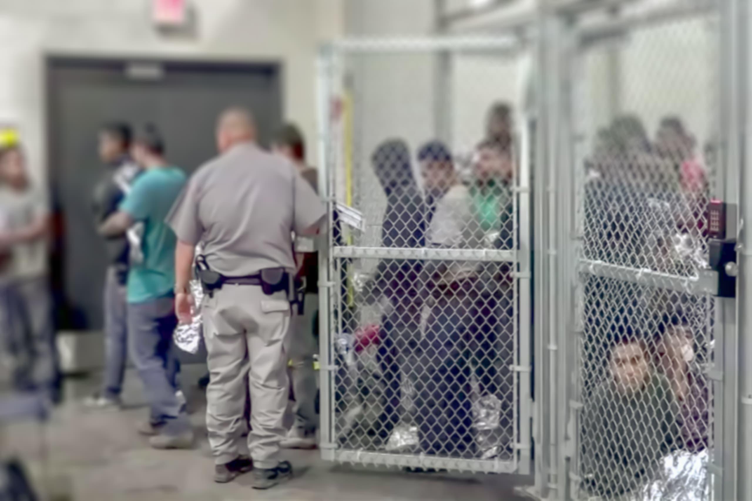 Jueces detener inmigrantes deportación.