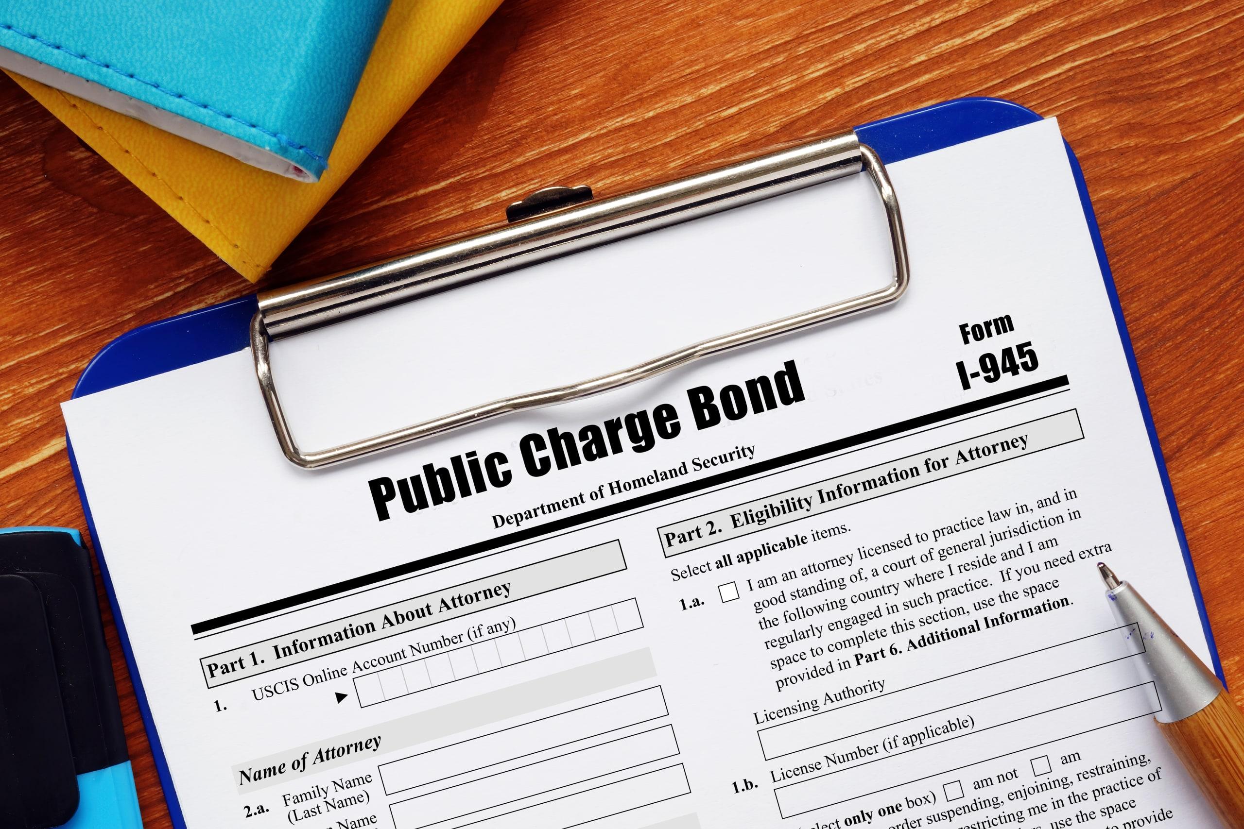 Arizona regla carga pública