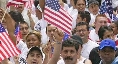 Encuesta ciudadanía indocumentados