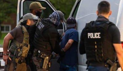 Redada de ICE Texas: 125 arrestados por antecedentes criminales