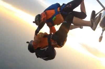 Un día en la vida de un paracaidista adrenalina pura
