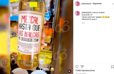 Lorenzo Méndez compra mezcal mientras Chiquis Rivera come (Instagram)