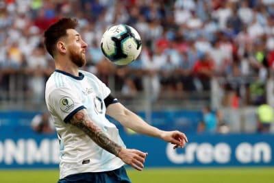 Messi reclama canchas malas