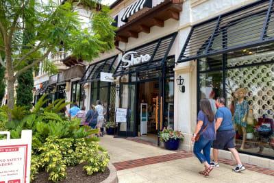 Florida: Casos de COVID-19 disminuyen a niveles anteriores al repunte