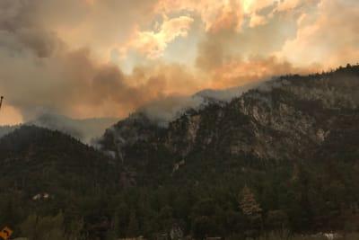 Emergencia incendios California: Abarca cinco condados
