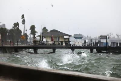 Eta lluvias torrenciales Florida: Marejada con peligro para la vida