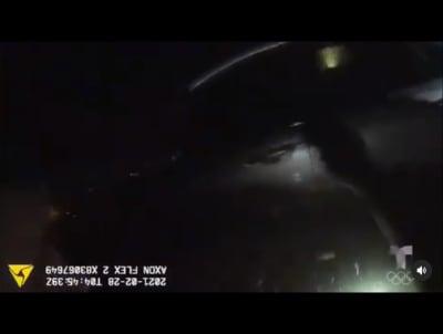 Dramático rescate de una mujer de 73 años que cayó en su carro en un lago