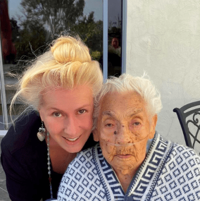 Hospitalizan abuela Thalía