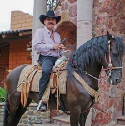 Jenni rivera sorpresa abuelita Chapo de Sinaloa 2