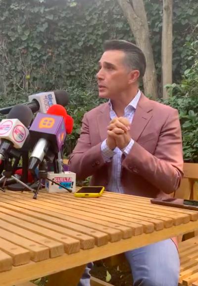 Sergio Mayer anima a denunciar a Enrique Guzmán (IG)