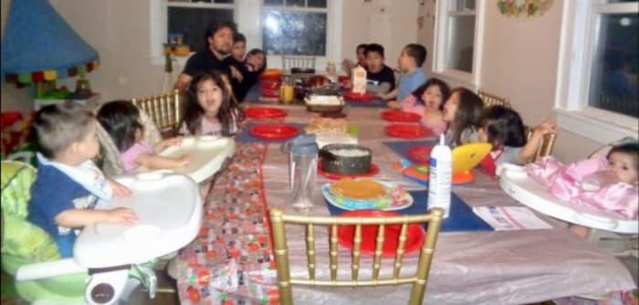 Hispanic mom 16 children