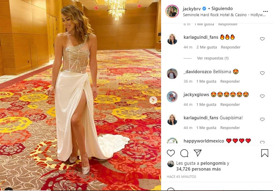 Jacky Bracamontes makes the competition to the Miss Universe participants with a transparent dress and without a bra