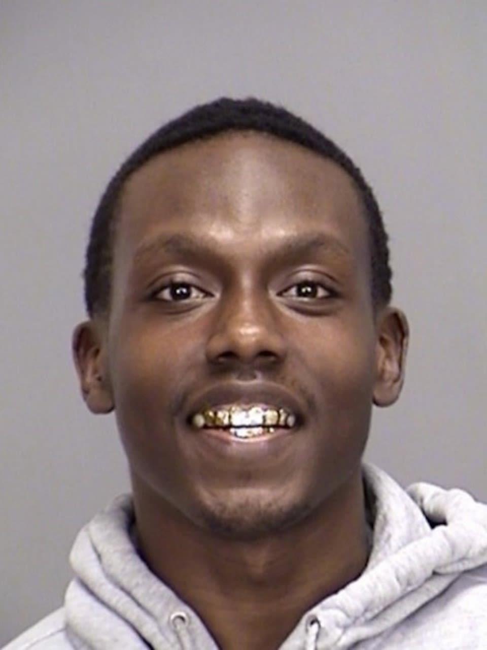 Ernest Cardona Jr. fue asesinado a tiros por un intruso que entró a su casa