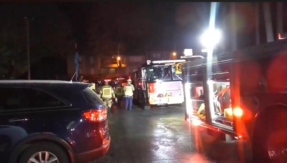 Incendio en complejo de apartamentos desplaza a 26 residentes en Norcross