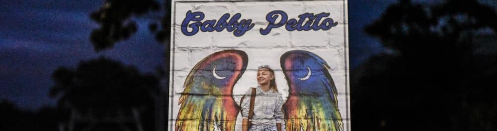 Cuando se dijo que había sido 'devorado vivo' ahora, famoso se une a la búsqueda del novio de Gabby Petito