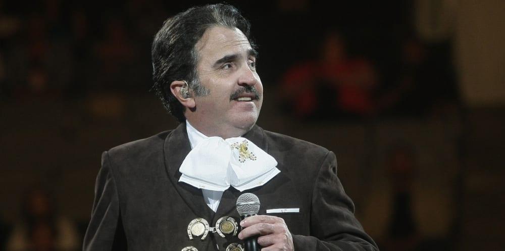 El hijo de Vicente Fernández por fin dice como está doña Cuquita y da terrible pronóstico sobre su padre