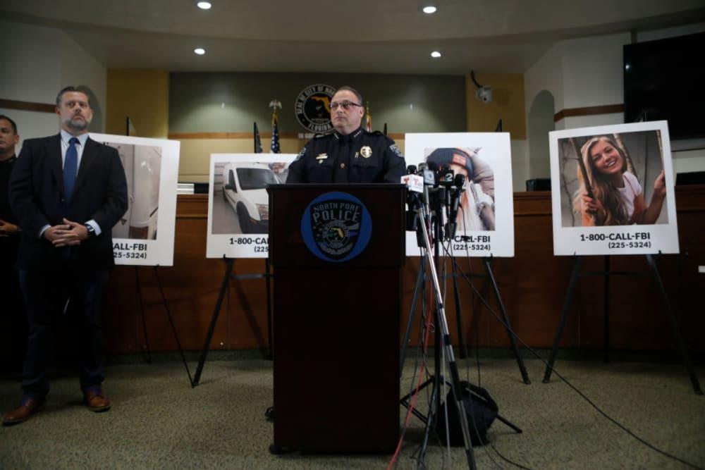 FBI y policía buscan al novio de Gabrielle Petito, desaparecida durante viaje por EEUU