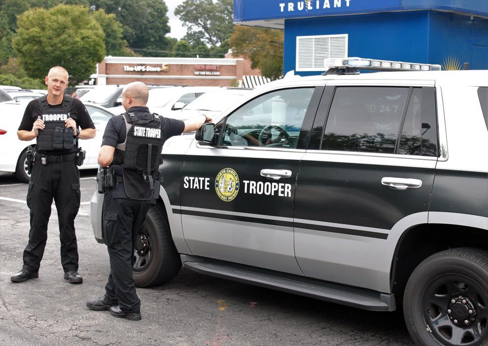 Reportan tiroteo escuela secundaria: Confirman un muerto