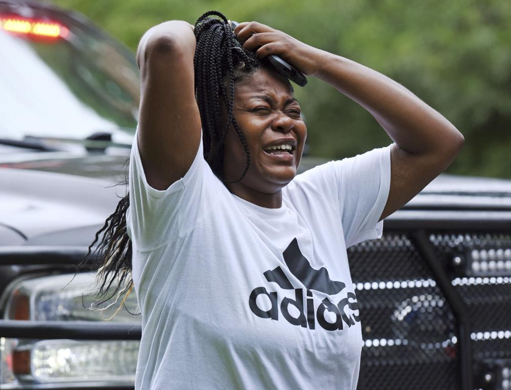 "Reportan tiroteo escuela secundaria: ""He estado llorando desde que salí del hospital"""