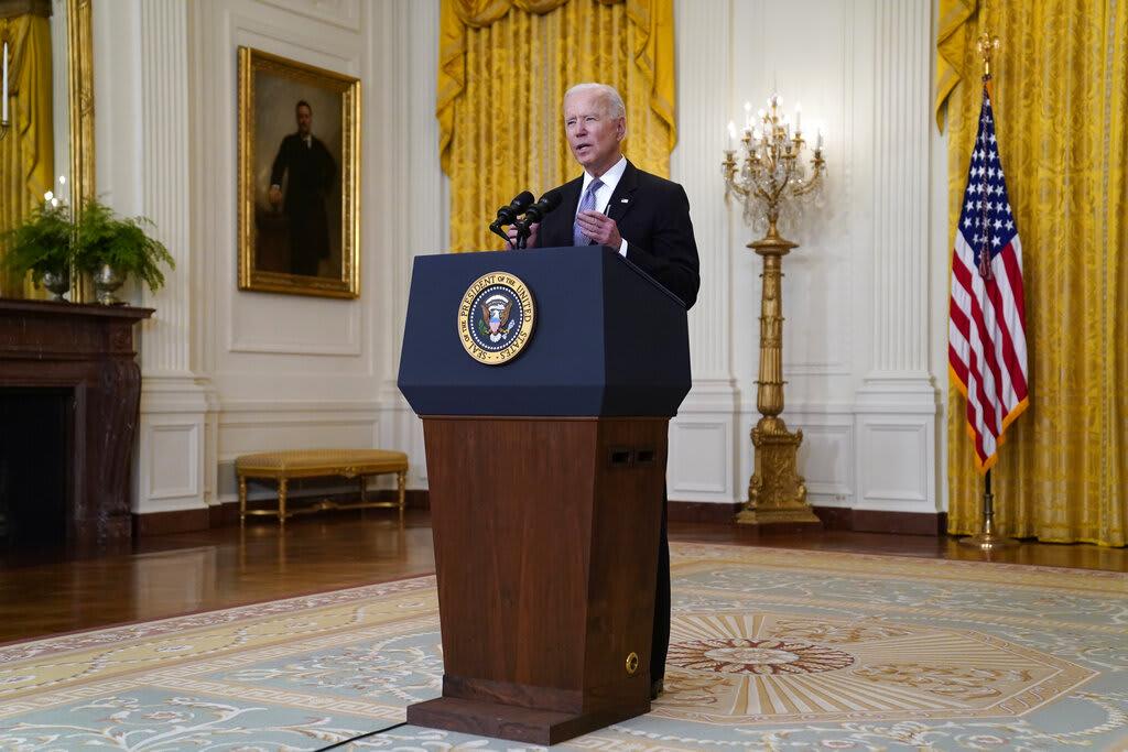 Biden va por la reconstrucción de la clase media