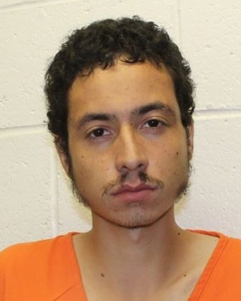 Omar Soto Chavira es acusado del asesinato de un policía