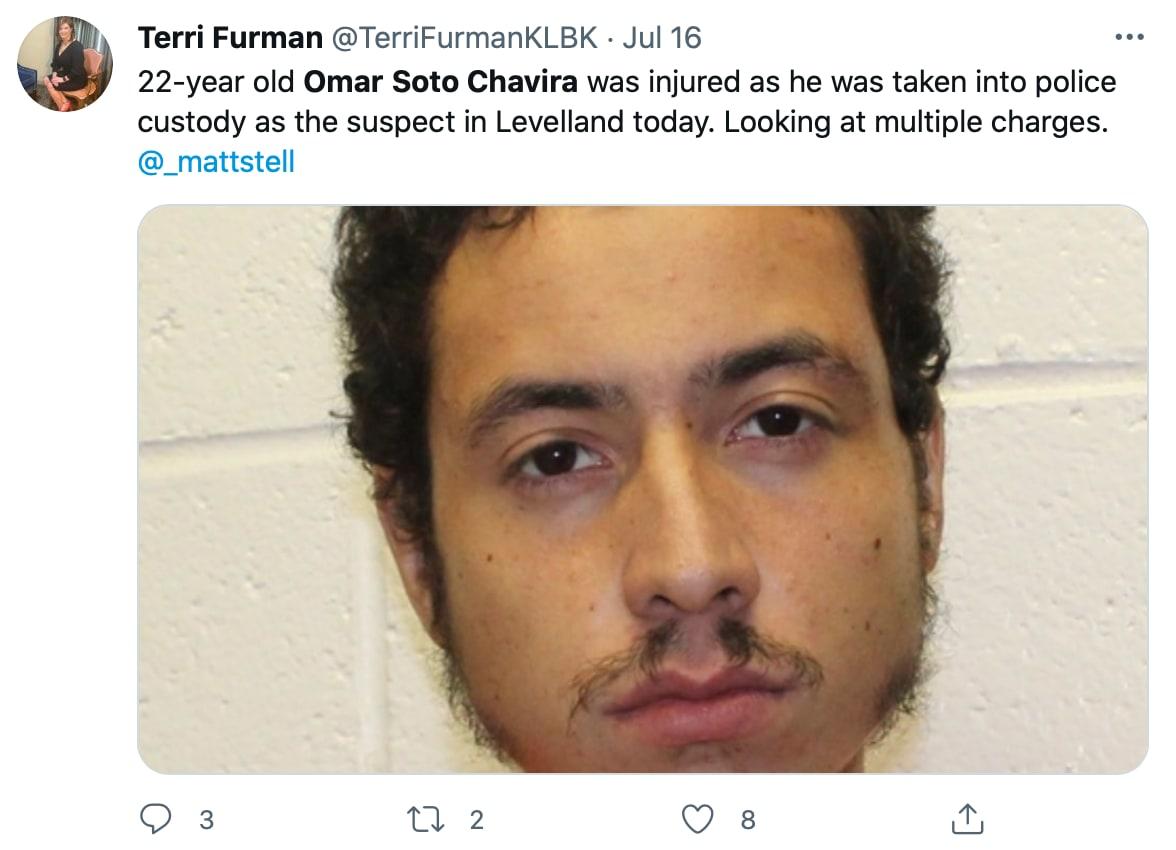 Un muchacho hispano armado y de comportamiento errático
