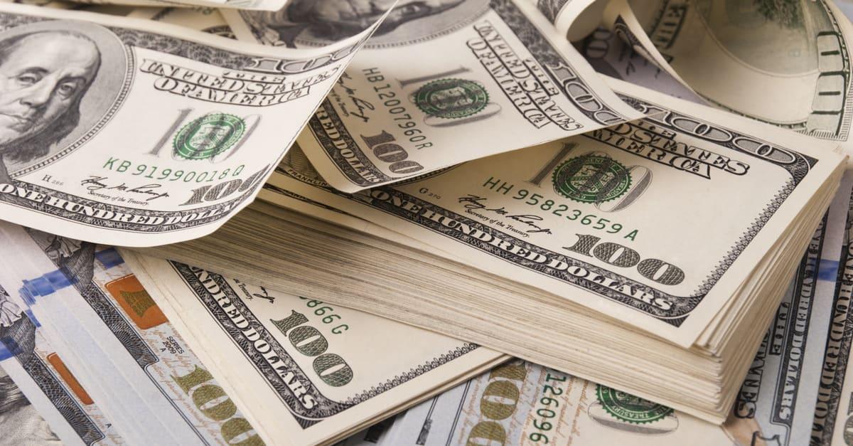 Billetes en representación de pago por sticker