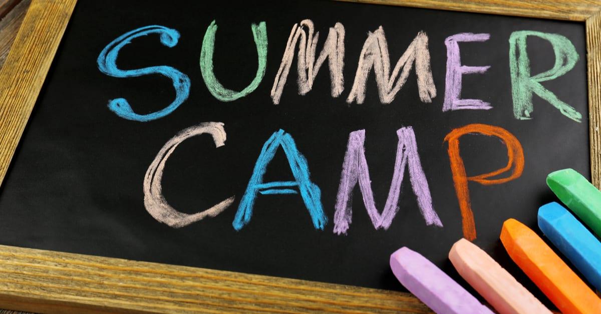 Los niños latinos tienen dificultades para campamentos de verano