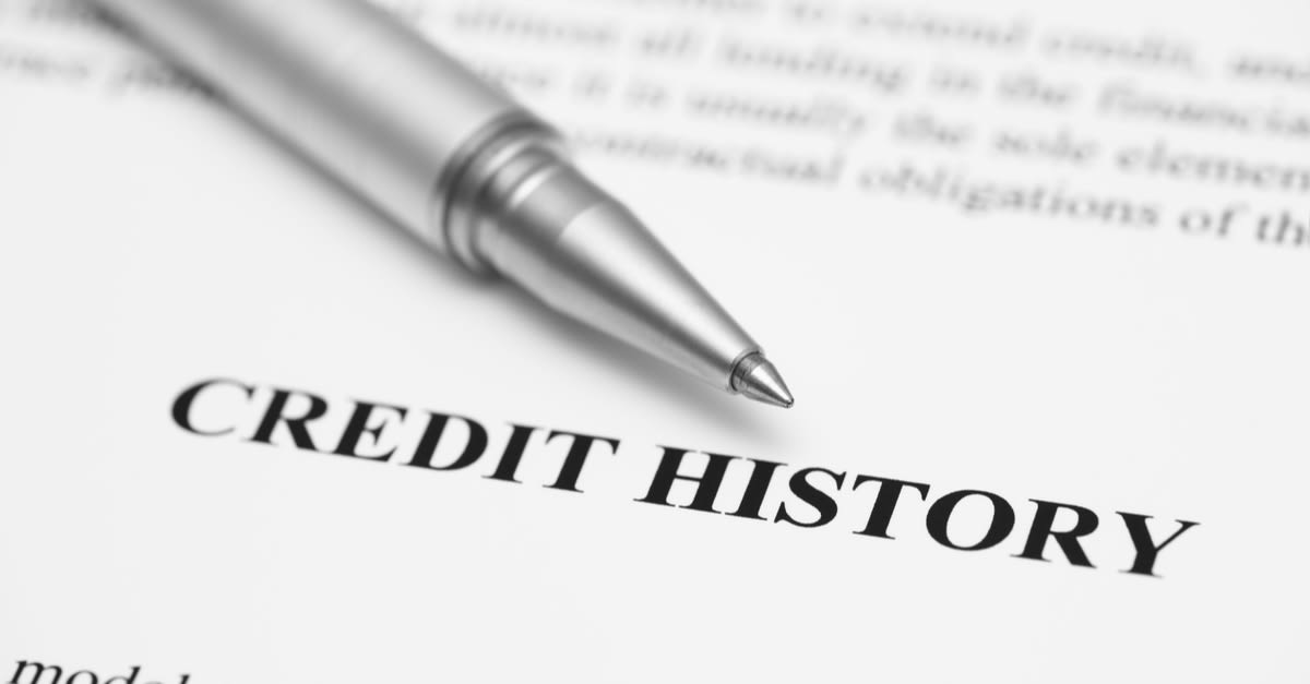 historial de crédito Credit History. Ballpoint pen on Credit History (Credit Report). Black and White.
