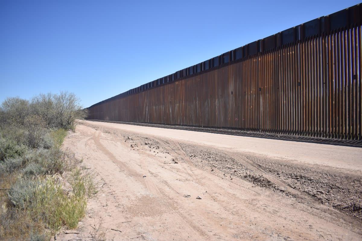 El terreno que separa la frontera será visitado por Trump