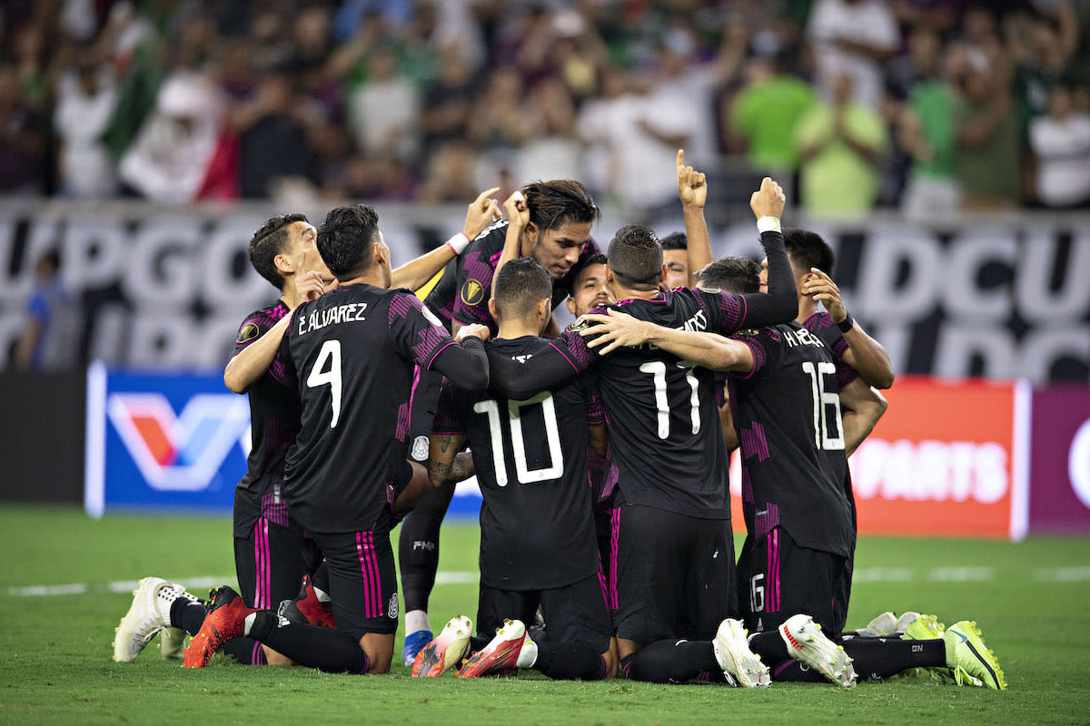 How did the Mexican team reach the grand final? United States