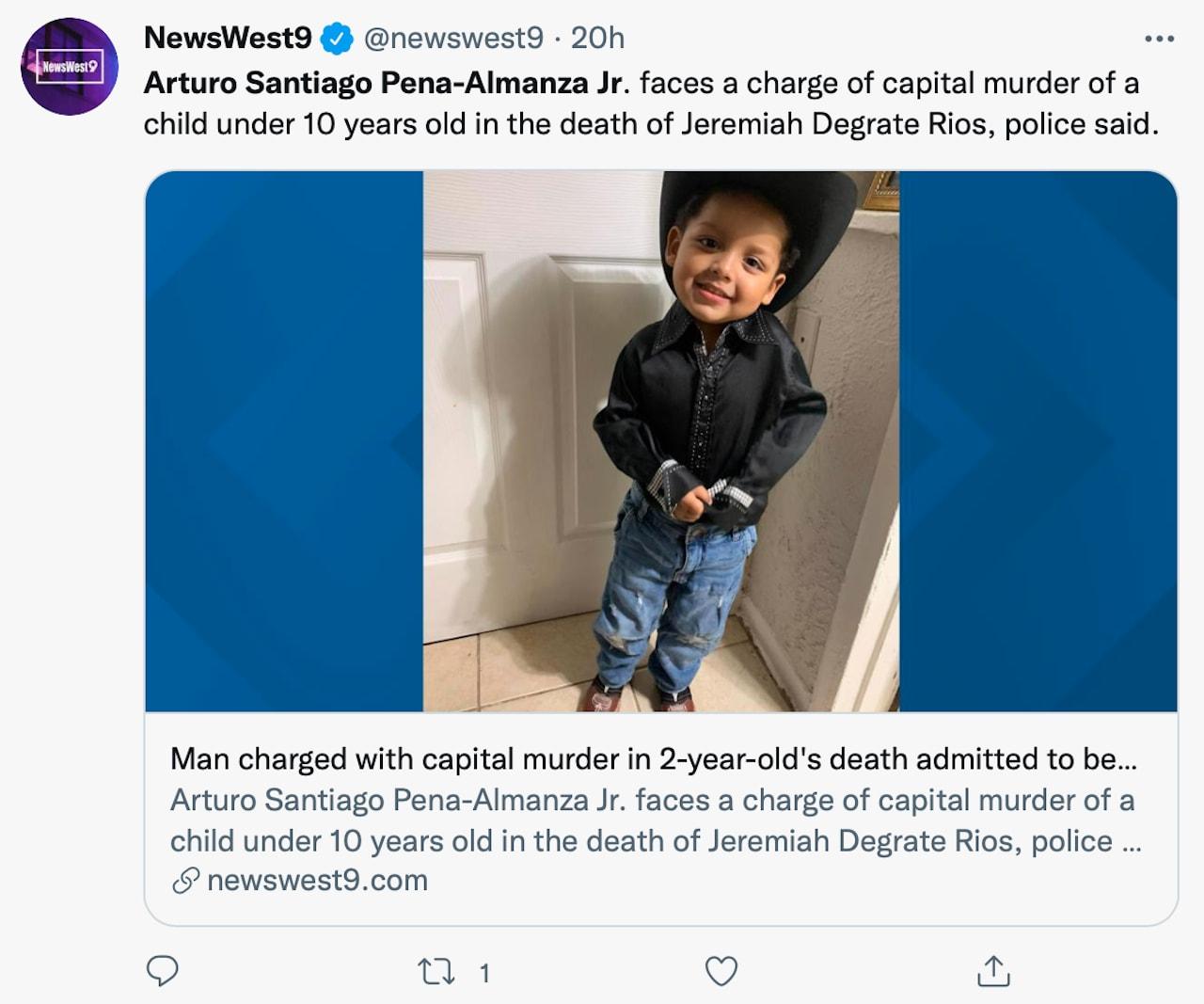 Arturo Santiago Peña Almanza Jr. salió de la casa cargando al niño