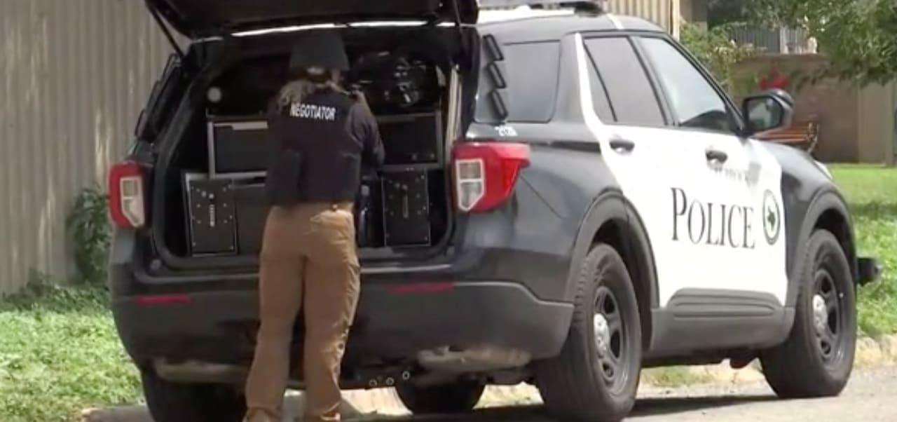 Tiroteo Levelland deja un policía muerto y tres más heridos