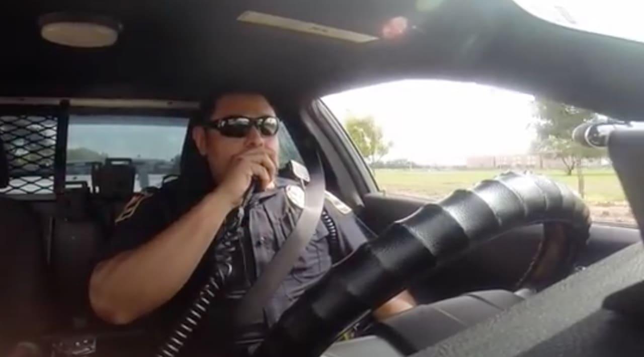 La policía sostiene que Reyes estaba muy violento