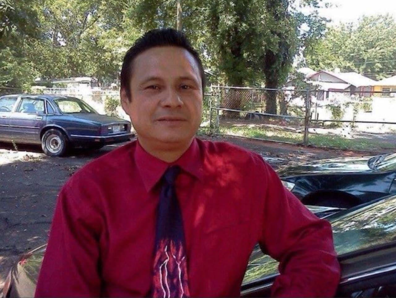Alejandro Hernández García, un inmigrante devoto a su familia