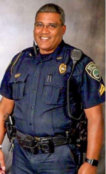 Crónica COVID policía hispano