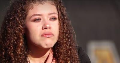Su único sueño: que su madre pueda verla graduarse del College