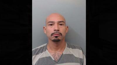 Capturan a peligroso fugitivo acusado de asesinato en Texas