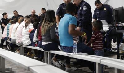 Gobierno de Biden propone medida que beneficiará a indocumentados que soliciten asilo